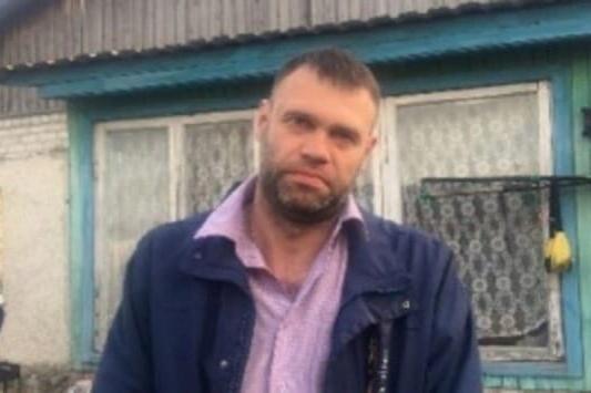 По словам сожительницы Алексея, мужчина мог уйти за грибами. Однако дочь пропавшего говорит, что ее папа никогда за грибами не ходил