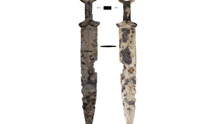 Красноярец нашел в пункте металлолома боевой клинок IV века до нашей эры