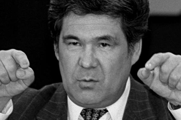 """Аман Тулеев был губернатором Кемеровской области <nobr class=""""_"""">с 1997 по 2018 год</nobr>"""