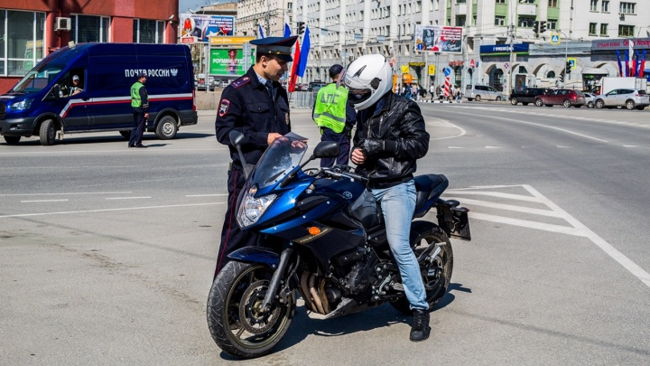 «Уважайте мотоциклистов, ведь они нарушают и рискуют». Почему мы должны уважать опасных носящихся байкеров