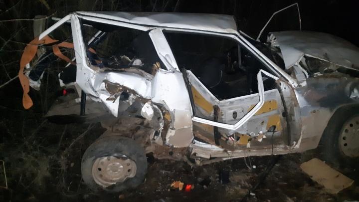 «Дверь сложило пополам»: в Самарской области в ДТП погибла беременная женщина