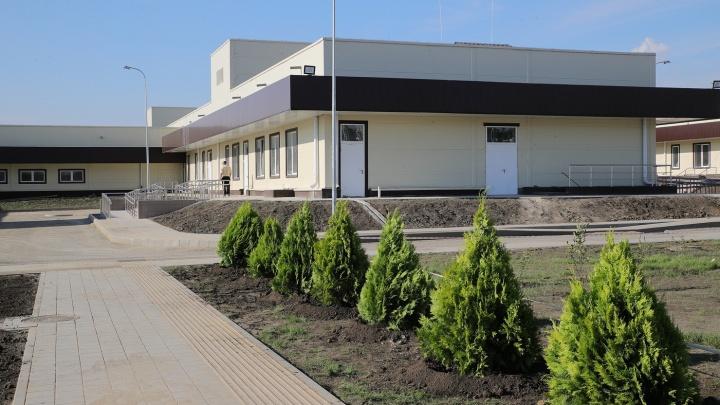 «Территория очень большая»: в новую инфекционную больницу Ростова закупают электромобили