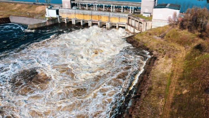 Подтоплений станет меньше: на Рыбинской ГЭС уменьшат сбросы воды