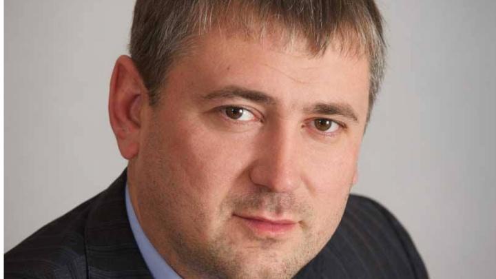 Новосибирский суд разрешил зарегистрировать для участия в выборах депутата Серебрякова — соратника Быкова