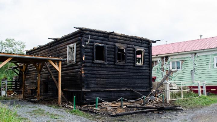 Новый дом для никого и осиротевший пес. Соседи рассказали о пожаре в Перхачево, где погибла семья