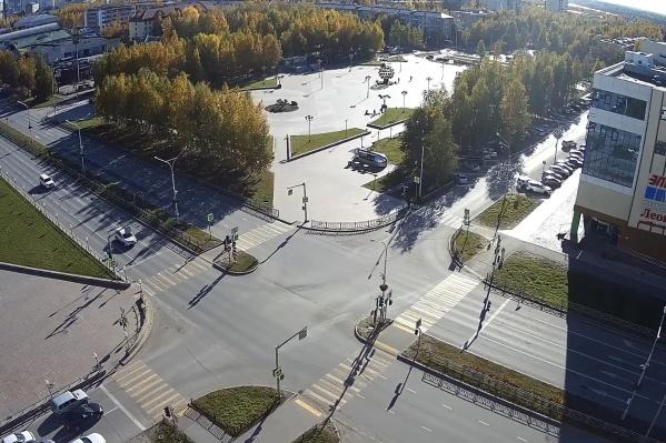 Появление видеокамер и изменение режима работы светофоров позволит разгрузить эти участки городских магистралей