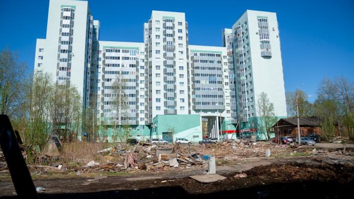 Жители квартала у ЖК «Изумруд» недовольны: их не пустили на обсуждение застройки рядом с их домами