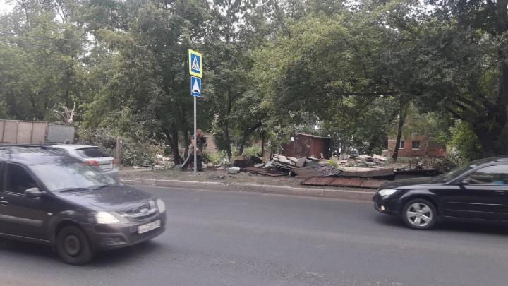 В Самаре начали сносить гаражный массив на Партизанской