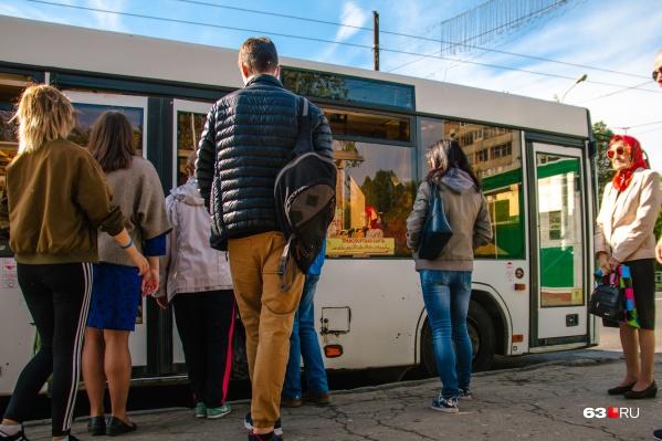 Внимание! 2 и 9 мая вместо дачных маршрутов автобусы будут осуществлять перевозки на городские кладбища
