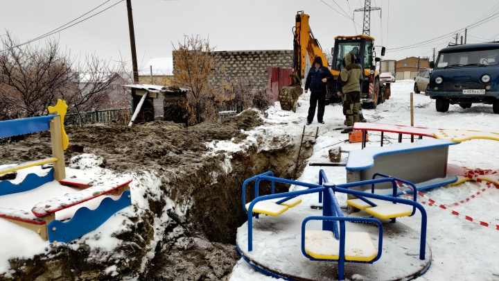 «Это пятно на репутации»: под Волгоградом чиновников накажут за упавшего в яму школьника