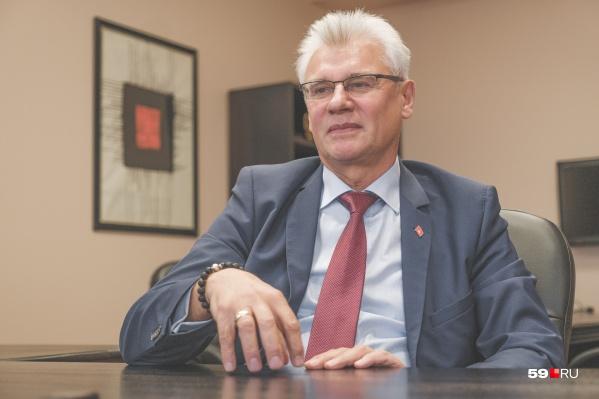 С января 2021 года Алексей Грибанов занимает должность заместителя главы города Перми и курирует вопросы образования, спорта, социального развития