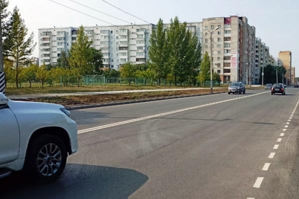 Дорога на Дмитриева — одна из тех, которая была отремонтирована по федеральной программе и получит паспорт