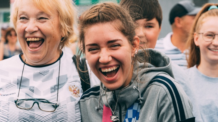 37 тысяч в месяц и бесплатная коммуналка: какими «плюшками» пользуются почетные граждане Омска