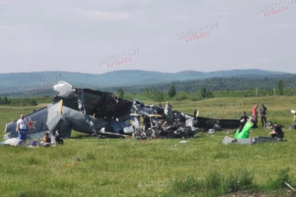 На борту в момент аварии находились парашютисты