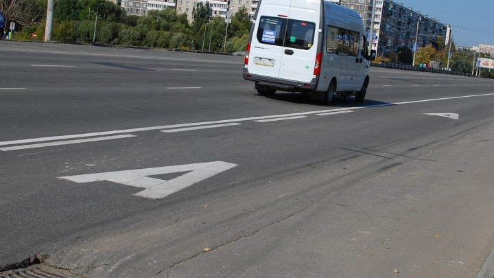 Челябинская мэрия определила улицы под выделенные полосы для общественного транспорта