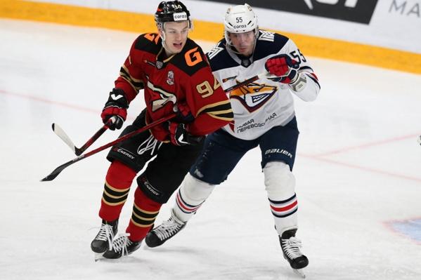 Кирилл Семёнов интересуется, хорошо ли живется Егору Мартынову в «Металлурге»