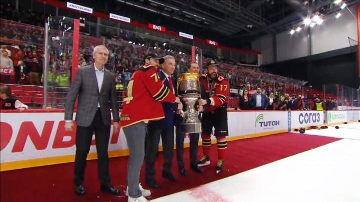 «Авангард» впервые выиграл Кубок Гагарина