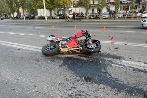 Одна из аварий случилась в центре Уфы
