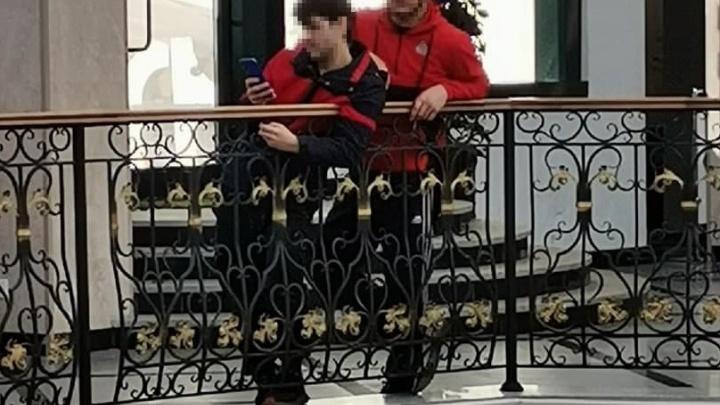 В «Гринвиче» кавказцы приставали к девочкам-подросткам. Полиция начала проверку