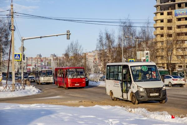 "Глобальная <a href=""https://76.ru/text/theme/20271/"" target=""_blank"" class=""_"">транспортная реформа</a> в Ярославле пройдет в три этапа"