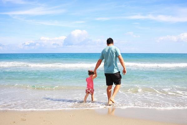 К отпуску на берегу моря нужно успеть расстаться с долгами за ЖКХ