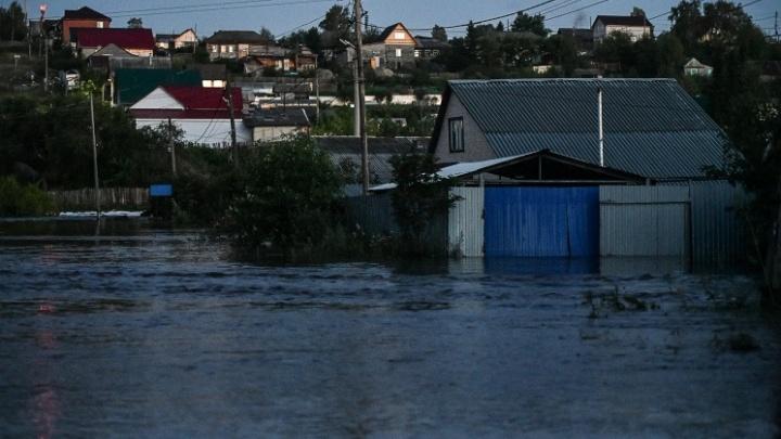 Пережившие потоп жители Свердловской области начали получать компенсации