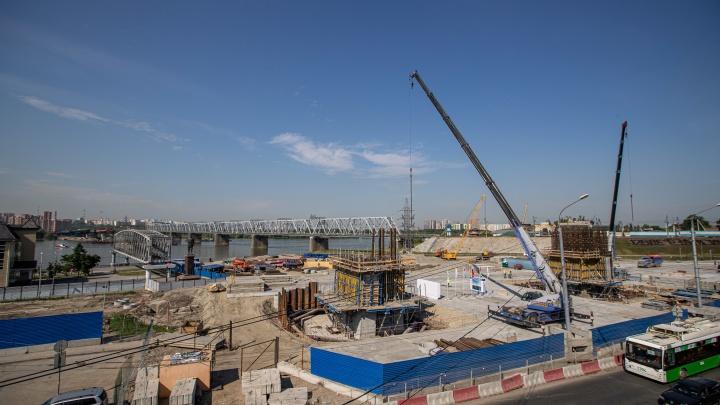 Движение по четвертому мосту откроют в 2022 году — что сейчас происходит на грандиозной стройке. 12 кадров