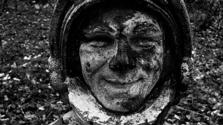 «Работа в черном»: в PERMM открылась выставка фотографий сталкеров