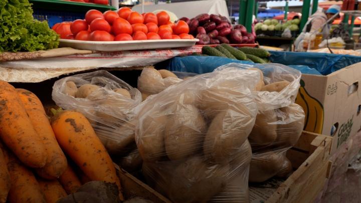 «Цены каждый день повышаются»: что говорят на рынках Ростова о дорогом картофеле и других овощах