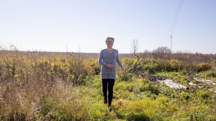«Живу на семь тысяч в месяц и счастлива»: коренная петербурженка переехала в село Коза в Ярославской области