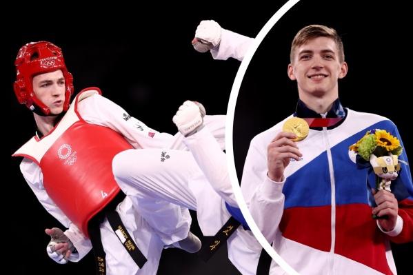Максим Храмцов родом из Нижневартовска. Тренируется он там же, вместе с братом
