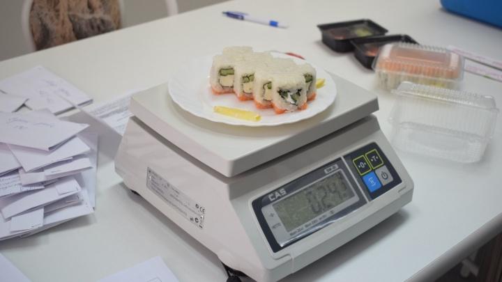 Владельца «Оригами» обязали выплатить 300 тысяч клиентам, отравившимся суши
