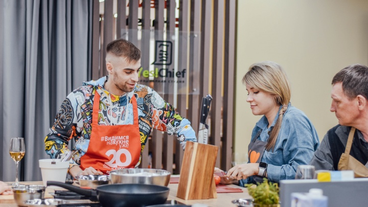 Стать шеф-поваром: в новом салоне Lorena теперь не только продают кухни, но и учат готовить