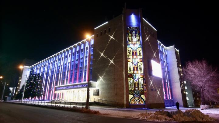 Ректор КемГУ представил властям проект нового кампуса. Там будет 50-метровый бассейн