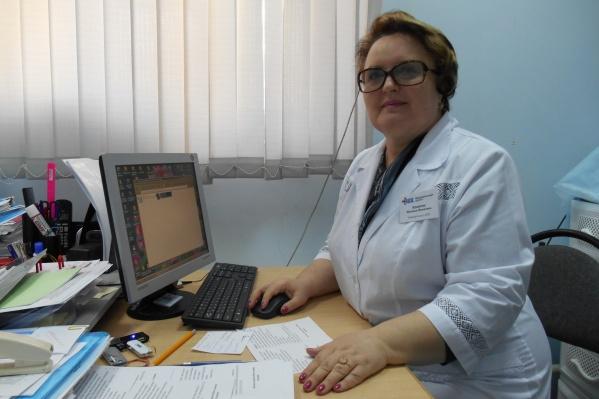 Педиатр Наталья Бушуева 37 лет отдала медицине. В октябре 2020 года она скончалась, диагноз — COVID-19