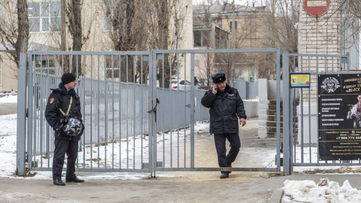 Думали, что дезодорант: в Волгоградской области из-за детской шалости эвакуировали школу