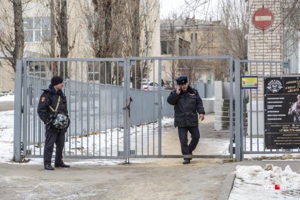 Школу эвакуировали из-за распыленного газового баллончика