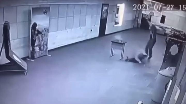 В Новосибирске мужчина покончил с собой во время занятий в стрелковом клубе