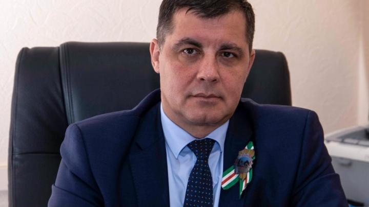 Министр ЖКХ Кузбасса поставил вакцину от коронавируса. Это уже седьмой чиновник, поставивший прививку