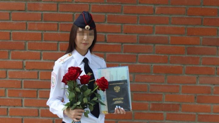 Девушку-следователя, которая влюбилась в подозреваемого, уволили из полиции
