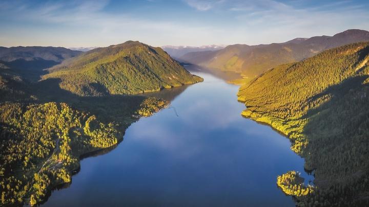 Новосибирский фотограф опубликовал фото Алтая с высоты — смотрим завораживающие кадры природы