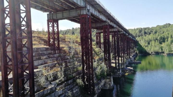 Власти Кузбасса рассказали, что сейчас происходит с Крапивинской ГЭС. Она заброшена почти 30 лет
