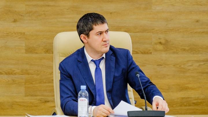 Дмитрий Махонин женился «тихо». Почему современные политики скрывают личную жизнь?