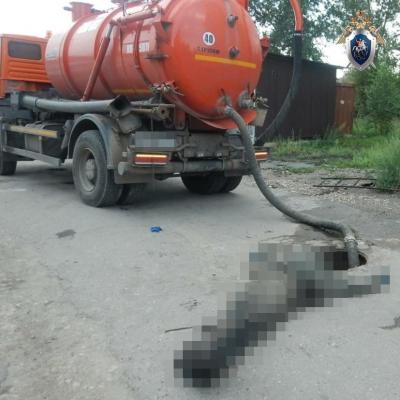 Двое мужчин погибли в канализационном колодце в Балахне
