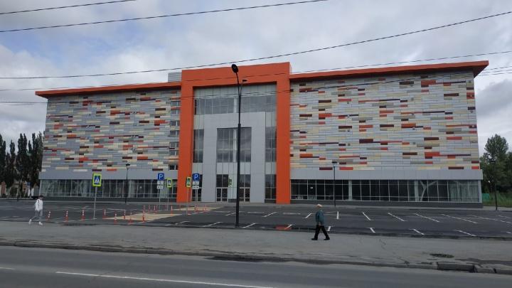 Новый торговый центр в парке 30-летия ВЛКСМ планируют открыть в ноябре