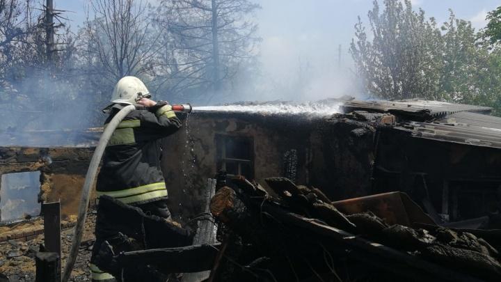 Под Волгоградом при пожаре на даче погиб одинокий пенсионер