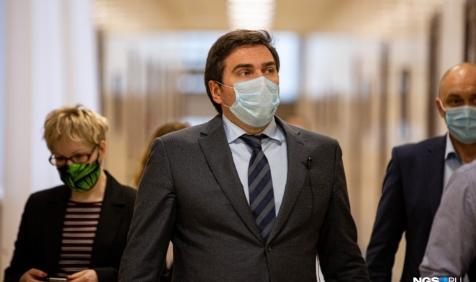 Министр здравоохранения НСО отказался отвечать на вопрос, привился ли он от ковида