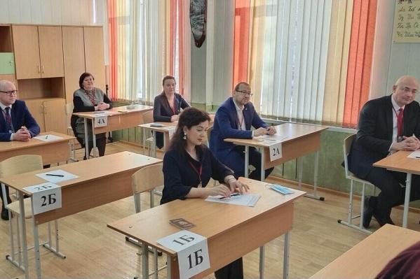 Вместе с Евгенией Майоровой экзамен сдавали министры