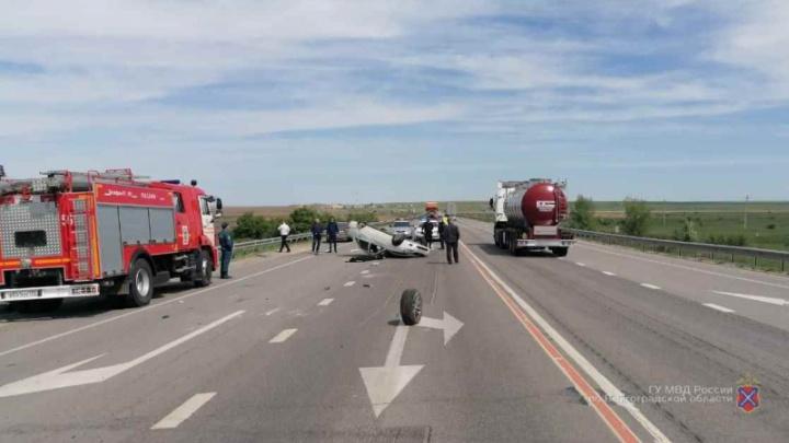 «Один погибший, двое раненых»: в Волгоградской области еще одна авария на ремонтируемой трассе