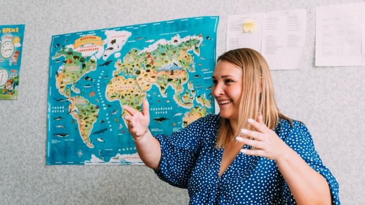 Бизнес в декрете: как девушка из села основала сеть детских центров в Омской области